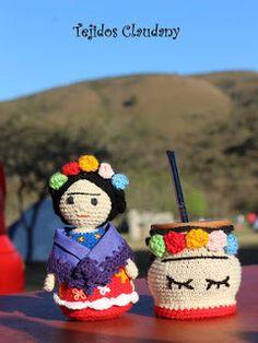 Un espacio para compartir mis creaciones artesanales al crochet. Crochet Granny, Diy Crochet, Crochet Hats, Crochet Coffee Cozy, Knitted Dolls, Crochet Projects, Diy And Crafts, Knitting, Handmade