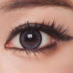 Circle lenses that look realistic and natural Contact Lenses For Brown Eyes, Natural Contact Lenses, Grey Contacts, Colored Contacts, Change Your Eye Color, Circle Lenses, Large Eyes, Color Lenses, Gray Eyes