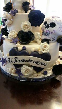 Skull til death do us part wedding cake