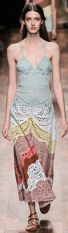 Valentino Ready-for-Wear Spring 2015