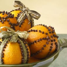 Orange Pomanders Made in the Microwave | Womens' Thoughts