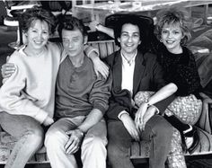 Johnny Hallyday avec Nathalie Baye et France Gall et Michel berger 1985 - Site Johnny Hallyday Michel Berger France Gall, Eddy Mitchell, Johnny Halliday, Laura Smet, French Collection, Paris Match, Che Guevara, Boss, Singer