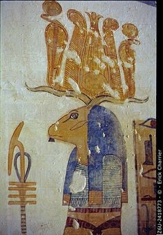 Thebes, West bank, Kings Valley, tomb of Montou-Her-Kopechef (KV19). Right wall, the prince in front of Banebdjedet. The prince makes a libation of water with.