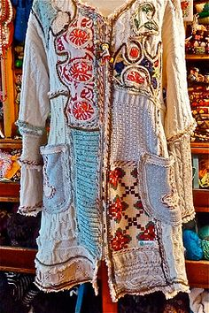Retrokleding, Lodicha, Vesten This thing is a work of art. Blood, sweat, tears & much satisfaction went into this piece.