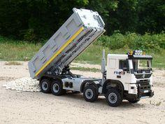 DSC08629 Volvo, Lego Truck, Lego Ship, Lego Mindstorms, Scale Art, Lego Construction, Lego Military, Cool Lego Creations, Lego Worlds