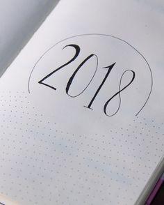 Minha primeira página do Bullet Journal já está pronta, vamos ver se 2018 será o ano que eu conseguirei me organizar haha