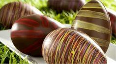 Chocolate Art, Easter Chocolate, Chocolate Coffee, How To Make Chocolate, Making Chocolate, Chocolate Pictures, Chocolates, Chocolate Sculptures, Chocolate Decorations