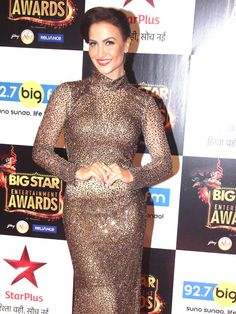 Elli Avram at BIG Star Entertainment Awards 2015. #Bollywood #Fashion #Style #Beauty #Hot #Sexy