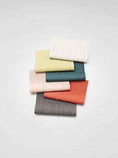 Canvas - a refined woollen upholstery textile designed by colour master Giulio Ridolfo for Kvadrat, which comes in seductive yet subtle colourways inspired by women's couture. Colour Pallette, Colour Schemes, Color Trends, Color Patterns, Color Combinations, Trends 2016, Color Stories, Fabric Swatches, Color Theory
