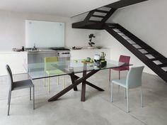 Mesa en madera y vidrio Colección SHANGAI by RIFLESSI