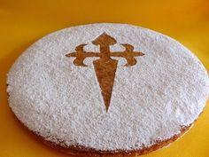Receta: Tarta de Santiago -- Receta Original -- Vídeo receta (Paso a paso) Endo Diet, Spanish Dishes, Opening Day, Pound Cake, Sweet Treats, At Least, Cake Recipes, Holiday Decor, Desserts