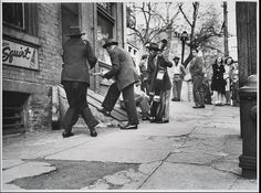 """""""Street Musicians"""" Collection of the Smithsonian National Museum of African American History and Culture, Gift of Joe Schwartz and Family"""
