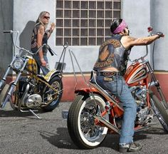 Here's a teaser from Larry Grossman's latest classic print. Harley Davidson Pictures, Harley Davidson Art, Harley Davidson Motorcycles, David Mann Art, Biker Wear, Motorcycle Baby, Old School Chopper, Bobber Bikes, Drawn Art