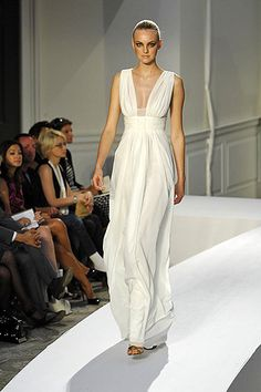 oscar de la renta ancient greek goddess dress...would make a fabulous wedding dress!