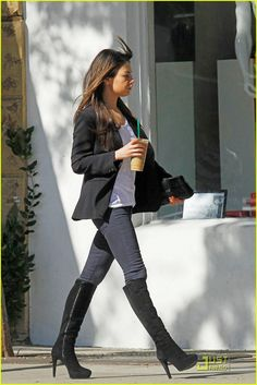 Mila Kunis (5'4) monochromatic outfit. The jacket needs to be above the hip line. Everything else is perfect for petites.