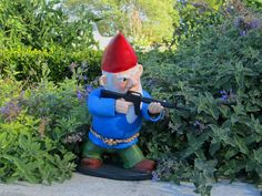 pictures of gnomes | When My Brain Leaks, the Drops Drip Here.: Gnomes Gnomes Gnomes!