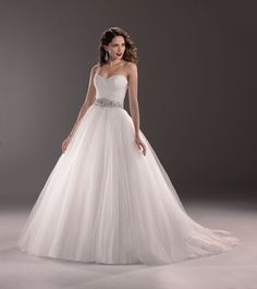 Aleah gown from the 2013 Maggie Sottero collection, as seen on Bride.Canada