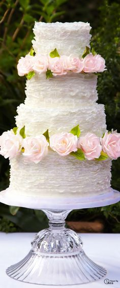 wedding cake....  www.tablescapesbydesign.com https://www.facebook.com/pages/Tablescapes-By-Design/129811416695