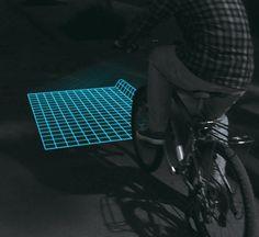 地面の様子がすぐに分かる「格子状自転車ライト」がナイス・アイデアすぎると話題!