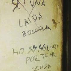 Streets Of Love, Banksy Graffiti, Italian Life, Stop Thinking, Wonderwall, Just Smile, I Feel Good, Good Advice, Funny Cute