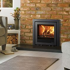 Stovax Elise 540 Multi-fuel burning logs with Profil frame Wood Burning Stove Insert, Insert Stove, Log Burner Fireplace, Home Fireplace, Fireplace Ideas, Fireplaces, Inset Log Burners, Dorset House, Log Burning Stoves
