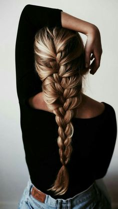 Top 60 All the Rage Looks with Long Box Braids - Hairstyles Trends Box Braids Hairstyles, Latest Braided Hairstyles, French Braid Hairstyles, Trending Hairstyles, Hairstyles For School, French Braids, Blonde Hairstyles, French Twists, Easy Winter Hairstyles