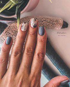 manicure | b e e Love Nails, How To Do Nails, My Nails, Dark Nails, Nail Manicure, Pretty Nail Colors, Pretty Nails, Bright Nails, Nail Inspo