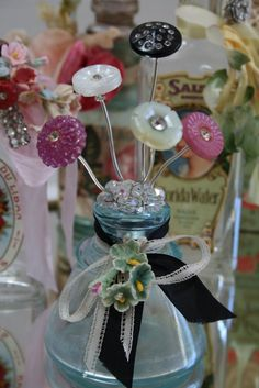rhinestone earring, vintage button on wire poked thru the earring.all on a vintage bottle Button Bouquet, Button Flowers, Diy Buttons, Vintage Buttons, Buttons Ideas, Fun Crafts, Diy And Crafts, Arts And Crafts, Button Art