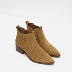 Image 3 of BLOCK HEEL LEATHER COWBOY ANKLE BOOTS from Zara