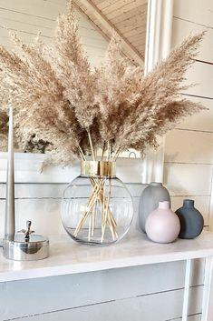 The Largest Pampas Grass Company online Living Room Decor, Bedroom Decor, Beige Living Rooms, Grass Decor, Aesthetic Room Decor, Home Decor Inspiration, Decor Ideas, Home Interior Design, Home And Living