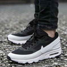 reputable site e4ee2 144a2 Nike Air Max Classic BW's