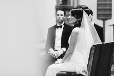 wedding ceremony - photo by Pat Furey http://ruffledblog.com/upstate-new-york-wedding-at-bedford-post-inn