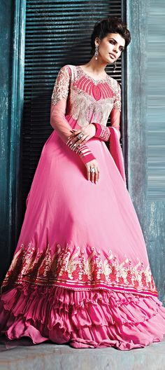 e5b4bc4030c Light pink bridal anarkali salwar Suit is fine with its beautiful stone