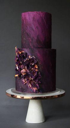 pretty wedding cake unique wedding cake designs, wedding cake designs modern wedding cake designs, wedding cake designs, wedding cakes, wedding cake trends ideas ideas for party trends 2020 Pretty Wedding Cakes, Purple Wedding Cakes, Wedding Cake Designs, Pretty Cakes, Cute Cakes, Gold Wedding, Floral Wedding, Wedding Themes, Wedding Colors
