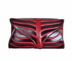 Designer Leaf Pattern Leather Clutch Purse  https://largepurseshop.com/collections/designer-inspired-handbags/products/designer-leaf-pattern-genuine-leather-purse