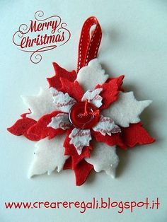 Merry Christmas Wishes : I added Michela di Creareregali Stelle e palline! to an linkup! Christmas Projects, Felt Crafts, Holiday Crafts, Diy And Crafts, Felt Christmas Decorations, Felt Christmas Ornaments, Homemade Christmas, Christmas Crafts, Merry Christmas Wishes