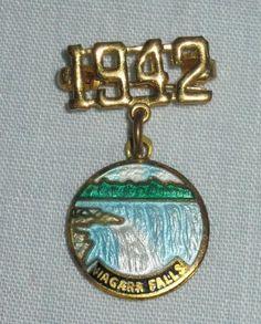 Vintage Rare Canada Niagara Falls Gold 1942 Guilloche Enamel Pin Brooch