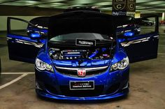 blue FD2 type R civic