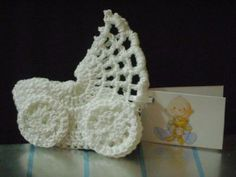 Mini stroller perfect for a bbshower ♥LCM♥ with diagram ----- Solo esquemas y diseños de crochet: COCHECITO A CROCHET