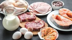 What Is the Dukan Diet? Here's Everything You Need to Know about the Dukan Diet Plan Guide that Kate Middleton is a fan of. High Protein Recipes, Protein Foods, Diet Recipes, Lean Protein, Healthy Protein, Diet Food List, Food Lists, Meat Diet, Diet Menu