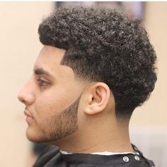 Boys Haircuts Curly Hair, Mens Hairstyles Fade, Cool Mens Haircuts, Stylish Haircuts, Men's Haircuts, Curly Taper Fade, Hair And Beard Styles, Curly Hair Styles, Fresh Cuts