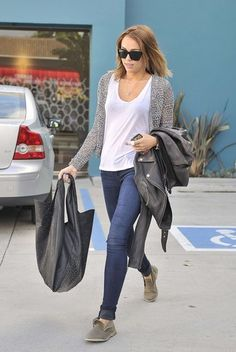 White tee shirt, gray cardigan, skinny blue jeans casual everyday outfit