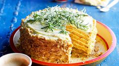 Honey cake (medovnik) recipe : SBS Food