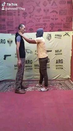 Self Defense Moves, Self Defense Martial Arts, Self Defense Techniques, Sports Physical Therapy, Simple Life Hacks, Krav Maga, Parkour, Tai Chi, Survival Skills