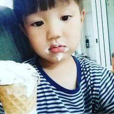 ภาพลิงค์ที่แปะไว้ Tae Oh, Asian Kids, Kaisoo, Baby Bedroom, Ulzzang, Cute Babies, Preschool, Pasta, Kawaii