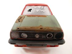 VW Golf GTI, Junkyard look 1/24 scale model