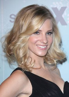 Heather Morris blonde bombshell hairstyle
