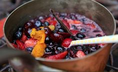 Fruit sauce- how to make a special spicy fruit sauce