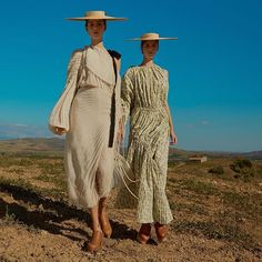 Laissez-faire rustic dressing takes a surrealist turn as twins Amalie and Cecilie Moosgaard (@amaliemoosgaard/ @ceciliemoosgaard) give themselves over to the sprit of the land in smocks shirts and lace dresses. Replete with ribbons frayed hemp and of course a Jacquemus (@jacquemus) straw hat this is the season to set your inner farm girl free. See more of Fashion Director Anne-Marie Curtis' (@amcelle) 'Sublime Pastoral' shot by Kai Z Feng (@kaizfeng) in #MarchELLE out February 14th…