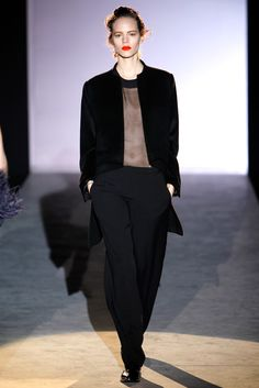 Hakaan | Fall 2011 Ready-to-Wear Collection | Style.com